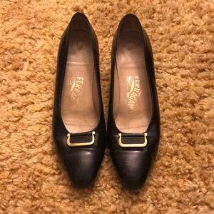 Salvatore FERRAGAMO Vintage heels 7B black